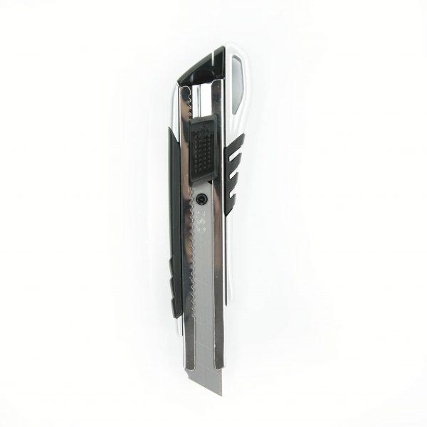Макетен нож 18 мм Deli