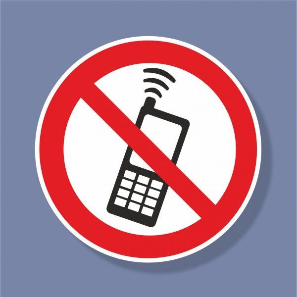 Знак Забранено ползването на мобилни телефони - 235